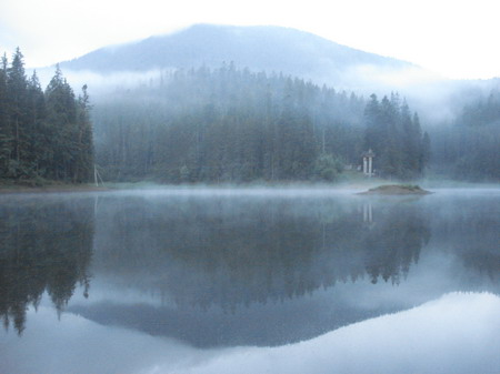 Туман на Озере Синевир