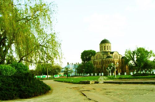 Св. Василий Великий. Территория церкви