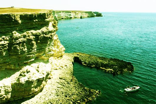 На Тарханкутском побережье много бухт