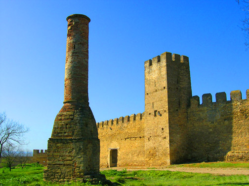 Турецкий минарет и Сторожевая башня