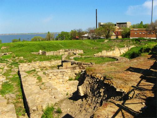 Остатки древнего города Тиры