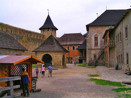 Хотинская крепость. Внутри крепости