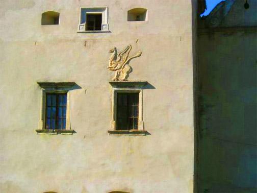 Замок Свирж. Стены замка
