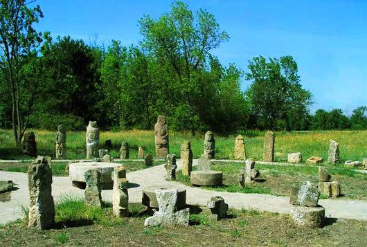 В музее каменных изделий