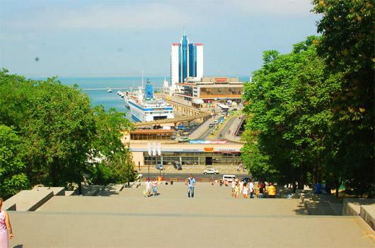 Потемкинская лестница. Вид на порт