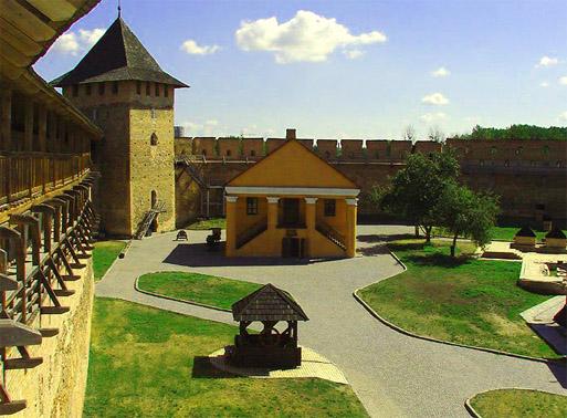 Луцкий замок или замок Любарта. На территории замка