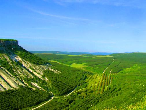 Пещерный город Чуфут-Кале.Вид на гору