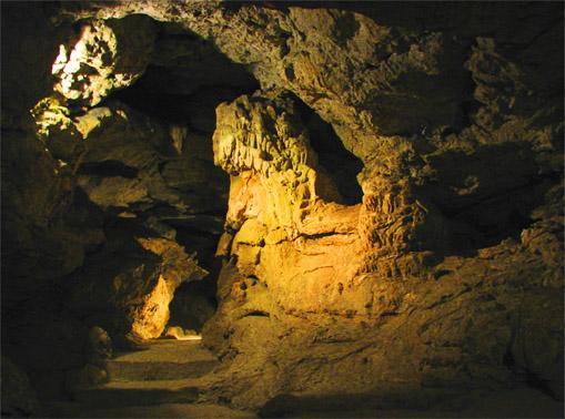 Подземные ходы в Красных пещерах