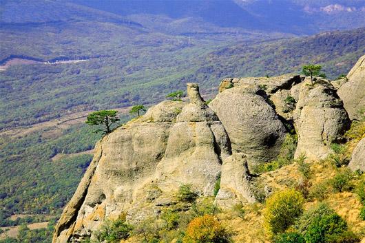 урочище Демерджи, скалы на Южных склонах Демерджи