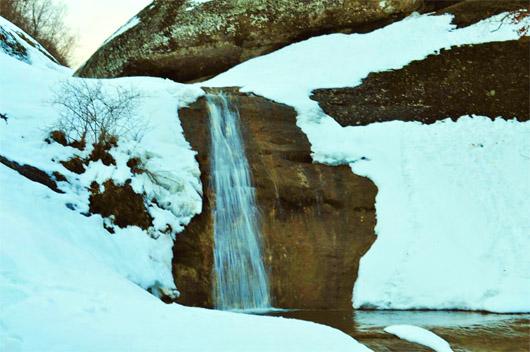 урочище Демерджи. Водопад Джурла зимой