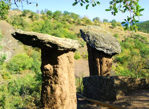 урочище Демерджи, каменные грибы