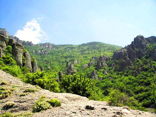 урочище Демерджи, долина приведений Демерджи