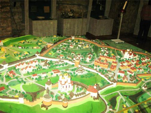 Замок князей Острожских. Макет замкового комплекса в музее