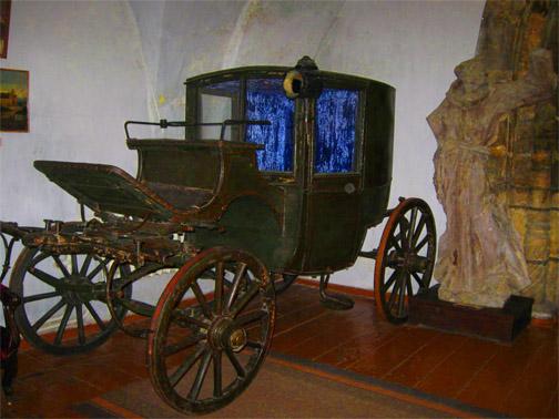 Замок князей Острожских. Карета в музее