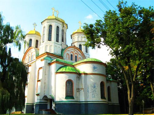 Замок князей Острожских. Богоявленская церковь