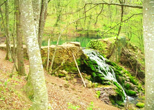 Водопад Серебряные струи или Водопад Серебряный. Пруд Юсупова