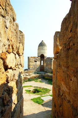 Турецкая крепость Ени-Кале на Керченском полуострове. Внутри крепости