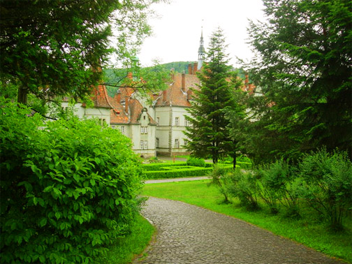 В парке замка Шенборнов