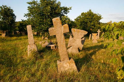 Казацкое кладбище в селе Буша