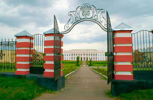 Ворота дворца Потоцких