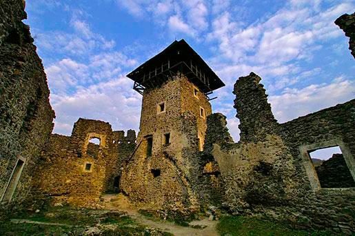 Дворик невицкого замка