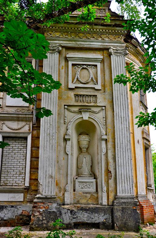 Декорации дворца Шидловских