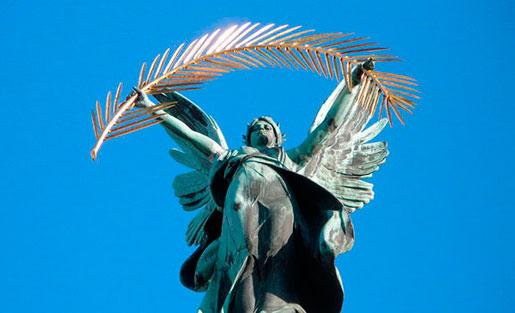 Скульптуры Львовского театра