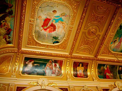 Картины оперного теата