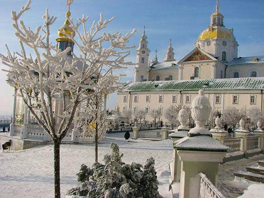 Почаевская лавра зимой