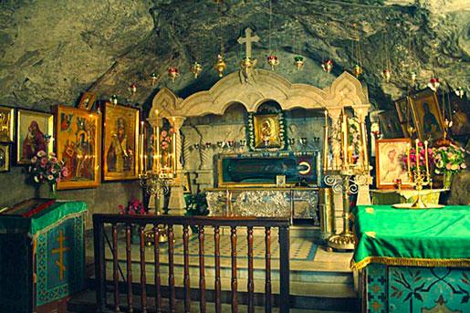 Пещера Почаевской лавры
