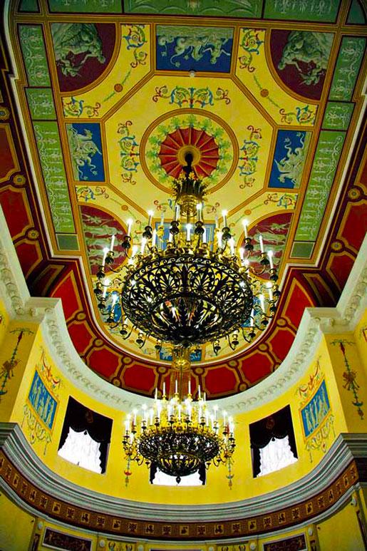 Фото люстры дворца Разумовского