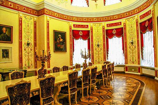 Интерьер дворца Разумовского