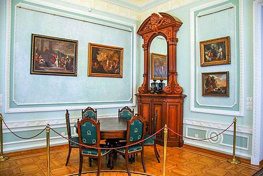 Фото Дворца Разумовского в Батурине