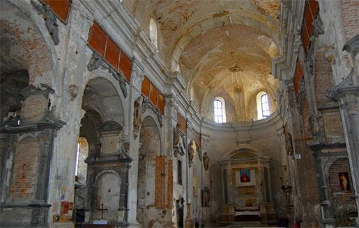 Интерьер Троицкого костела