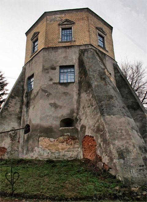 Башня дворца графа Ксидо