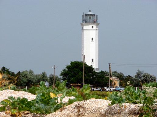 Маяк на острове Бирючий