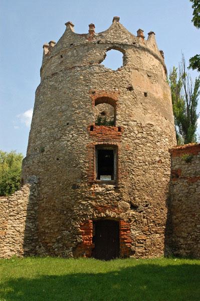 Летичевский замок, Башня