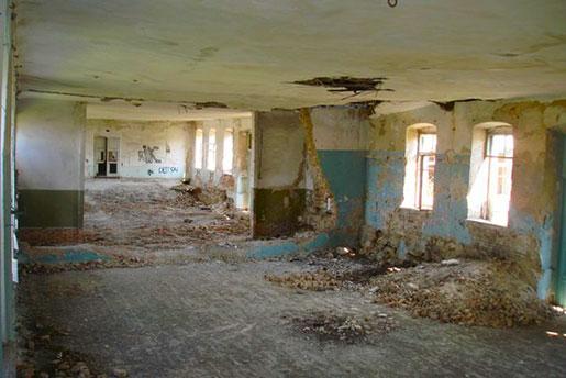 Замок Попова, развалины