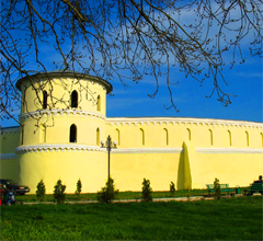 Круглый двор в городе Тростянец